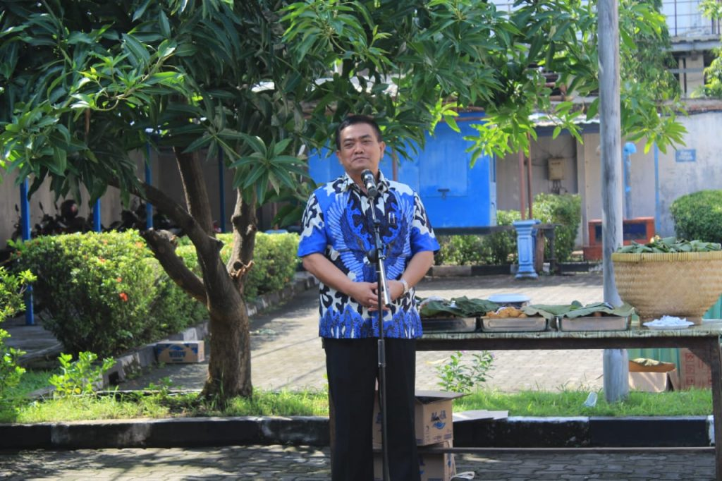 Pelihara Keberagaman, Kemenag Kota Cirebon Gelar Jalan Santai