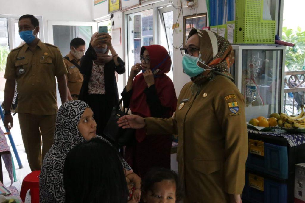 Pemda Kota Cirebon Janji Tambah Anggaran untuk Posyandu