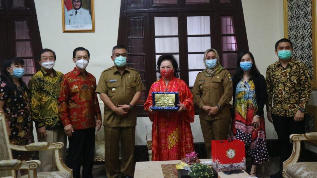 Wali Kota: Pemda Kota Cirebon Komitmen Dukung dan Permudah Investasi