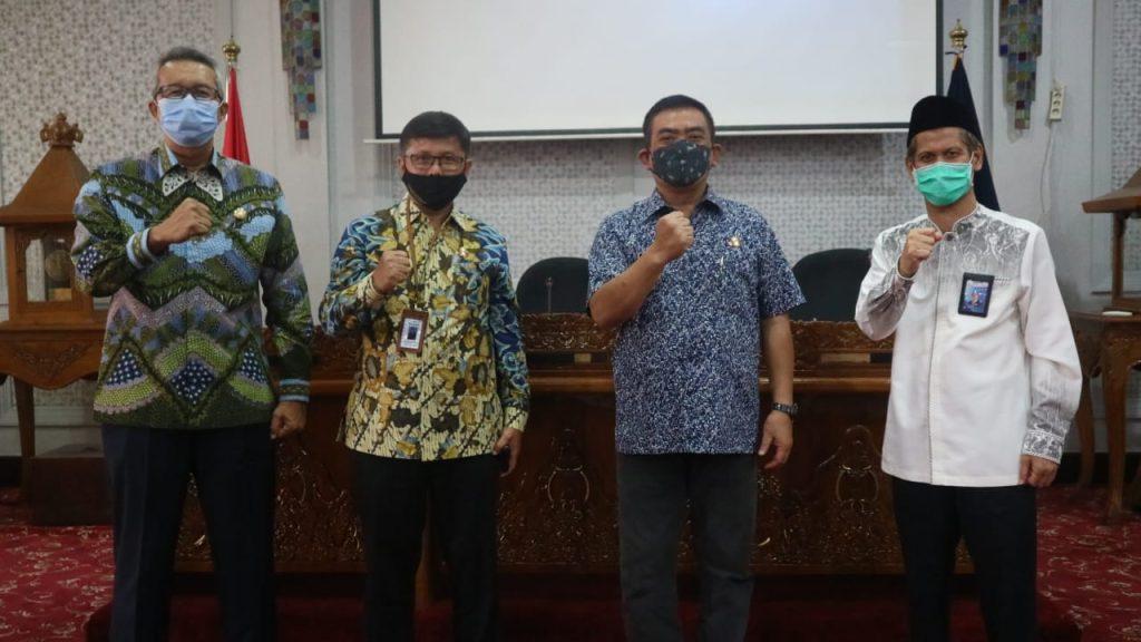 Terdongkrak Program Smart City, Pemda Kota Cirebon Meraih Penghargaan Maturitas SPIP Level 3