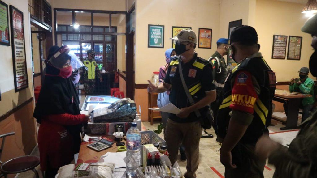 Pemda Kota Cirebon Minta Masyarakat Mentaati Aturan Pembatasan Jam Operasional