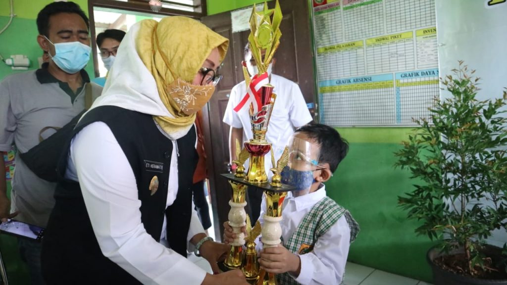 Wakil Wali Kota : Kita Akan Dorong Kegiatan Peningkatan Literasi di Kota Cirebon